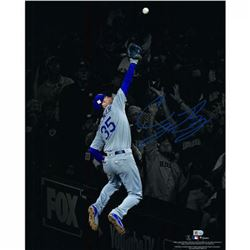"Cody Bellinger Signed Los Angeles Dodgers ""The Catch"" 16x20 Photo (Fanatics Hologram  MLB Hologram)"