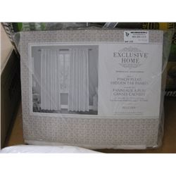 EXCLUSIVE HOME - 2 PINCH PLEAT PANELS