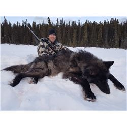 10 Day Wolf Hunt and Ice Fishing Trip
