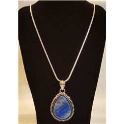 BEAUTIFUL 15 CT NATURAL SODALITE PENDANT.