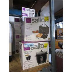7 Salton Small Kitchen Appliances - Store Returns