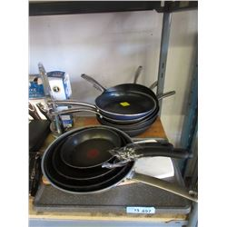 13 Piece Lot of Skillets & More - Store Returns