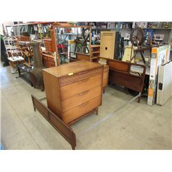 Solid Wood Mid Century Bedroom Set by Lane
