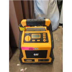 CAT Professional Power Station with Jump Starter