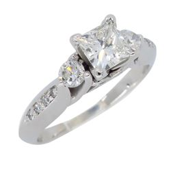 14KT White Gold 0.94ctw Diamond Ring