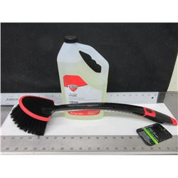 New Car Wash Liquid & Soft Wash Brush for wheels and underbody/engine