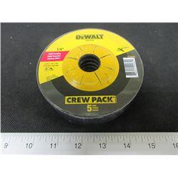 """New DeWalt Metal Grinding Disk 4- 1/2"""" x 1/4 x 7/8 / Crew Pack of 5."""
