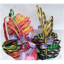 15 EASTER BASKETS WITH 2 PKS EASTER GRASS