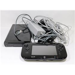 WII U VIDEO GAME SYSTEM WITH 2 CONTROLLERS