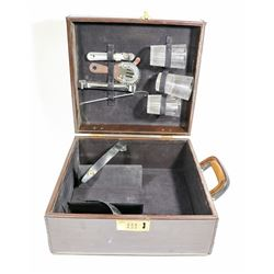 VINTAGE PRESTO TRAVELLING BAR SET