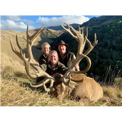 FOUR SEASONS: 4-Day Red Stag and Chamois Hunt for Two Hunters in New Zealand - Includes Trophy Fees