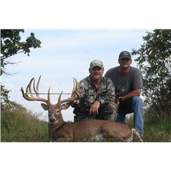 XTREME WHITETAIL: 3-Day Whitetail Deer Hunt for Two Hunters in Missouri - Includes Trophy Fees