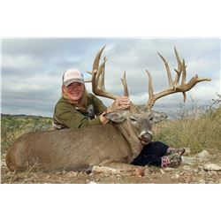 STAR S RANCH: 3-Day Whitetail Deer Hunt for One Hunter and One Non-Hunter in Texas - Includes Trophy