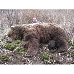 12 - DAY SPRING KODIAK ISLAND BROWN BEAR HUNT FOR 1 HUNTER ROHRER BEAR CAMP