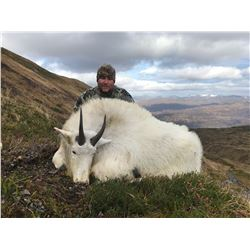 9 - DAY ALASKAN HUNT FOR 2 MOUNTAIN GOATS AND 1 SITKA BLACKTAIL DEER FOR 1 HUNTER KODIAK OUTDOOR ADV