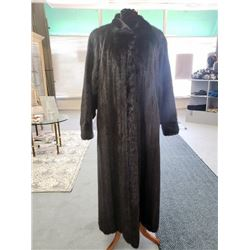 RANCH MINK COAT - MEDIUM (100% FULLY DONATED) WILLIAM FURS
