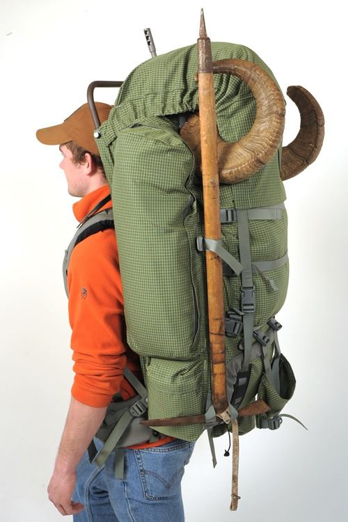 BARNEY'S FRONTIER GEAR PINNACLE PACK BARNEY'S SPORTS CHALET, INC.