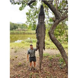 BOSCHNEL SAFARIS Authentic 7-day South African Crocodile Hunting Adventure for 2 hunters