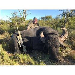 MAPU HUNTING LODGE 5-day Free Range Argentinian Water Buffalo and Wild Boar Hunt with 1 day of Dove