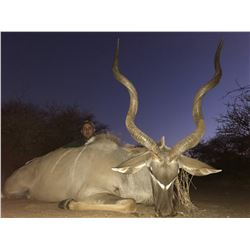 TROMPETTERSFONTEIN SAFARIS Exclusive 6-Day Hunt for 1-Hunter and a Buddy for Impala, Blue Wildebeest