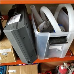 PLASTIC TOTE W/ POOL PUMP AND OVERHEAD PROJECTOR