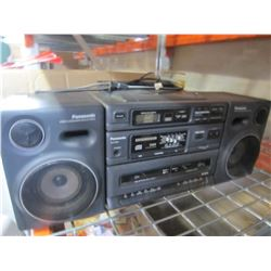 PANASONIC RX-DT650 CD STEREO BOOMBOX