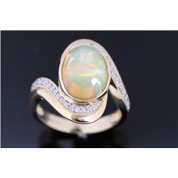 Excellent Opal & Diamond 14K Gold Ring