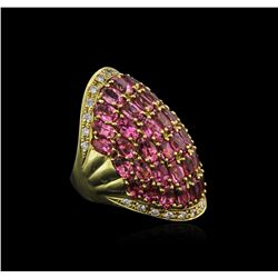 18KT Yellow Gold 8.36 ctw Tourmaline and Diamond Ring