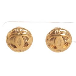 Chanel Gold CC Round Disk Vintage Clip On Earrings