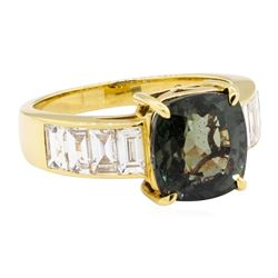 6.62 ctw Color Change Sapphire And Diamond Ring - 18KT Yellow Gold