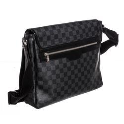 Louis Vuitton Damier Graphite Canvas Leather Daniel Messenger MM