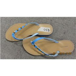 NEW - SIMON CHANG BLUE SANDALS