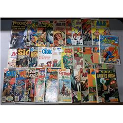 APPROX 29 VINTAGE COMICS AND MAGAZINES