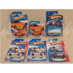 6 Hot Wheels