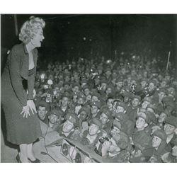 Marilyn Monroe and US Servicemen