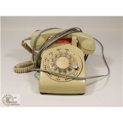 102) ROTARY DIAL PLASTIC PHONE FROM MARY