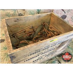 "Wooden CIL Crate w/5 Small Traps (Crate 9""Hx14""Wx10""D)"