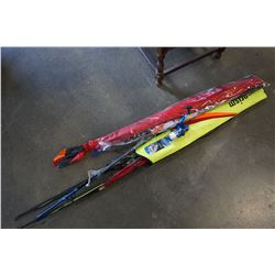 LOT OF KITES AND FISHING ROD AND REEL