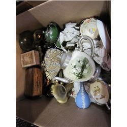 BOX OF TEAPOT/CUPS ETC, AND BRASSWARE/WEDGEWOOD