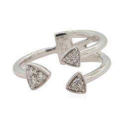 0.18 ctw Diamond Ring - 18KT White Gold