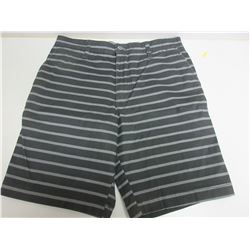 New Women's shorts size 30