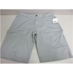 New Women's shorts size 32