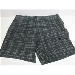 New Men's Shorts size 42