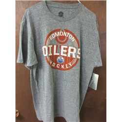 New Men's Oilers T-Shirt  NHL Tags  / size Large