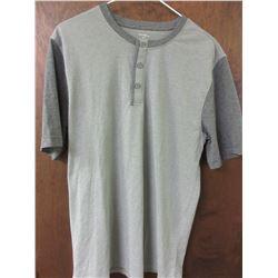 New Mens Golf Shirt / Button collar size Small