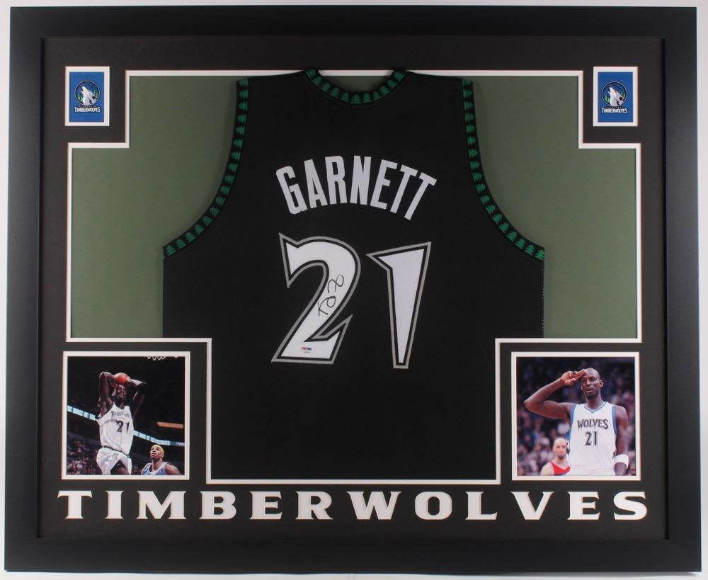 best cheap 4ca4d 223e5 Kevin Garnett Signed Minnesota Timberwolves 35x43 Custom Framed Jersey (PSA  COA)