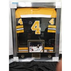 SIGNED/FRAMED BOBBY ORR JERSEY WITH PHOTO
