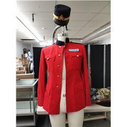 RCMP SGT. FEMALE RED UNIFORM W/FEMALE BLUE CAP