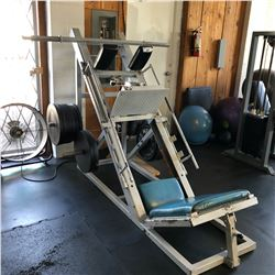 LEG PRESS/HACK SQUAT COMBO MACHINE, COMES WITH WEIGHTS