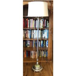 VINTAGE CHROME FLOOR LAMP